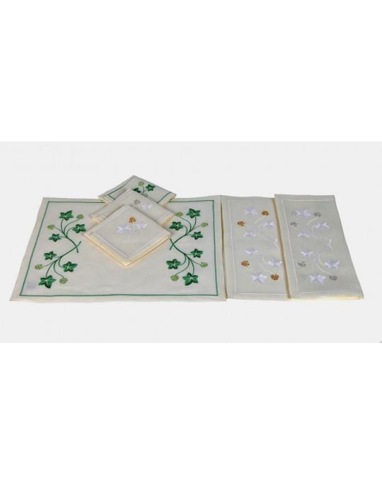 """Jardin Botanique"" placemat and napkin"