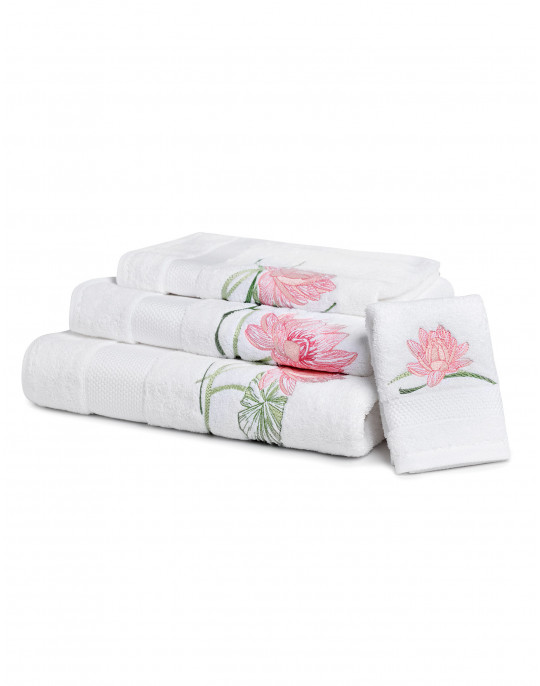 """Giverny"" bath towels"