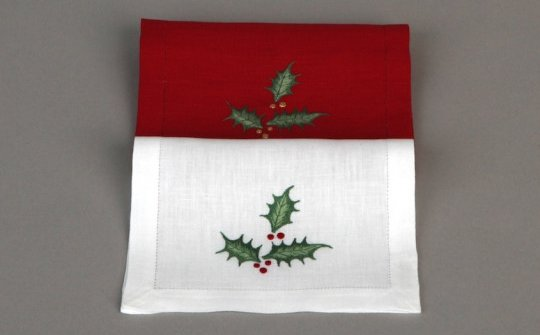 HOUX (holly) cocktail napkins