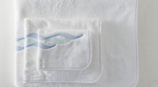 ALIZES embroidered bath towels (white - turquoise)