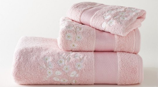 FLEURS DE POMMIER embroidered bath towels (pink - white)