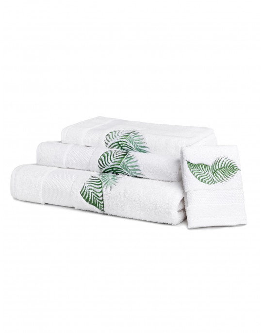 """Amazone"" bath towels"