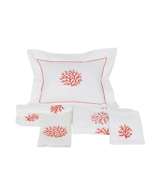 CORAUX embroidered bath towels