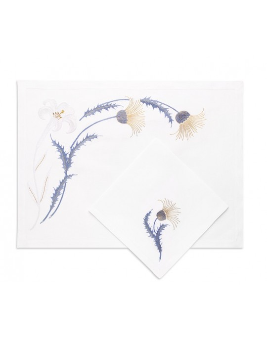 """""""Lys et chardons"""" - hand embroidered place mat"""
