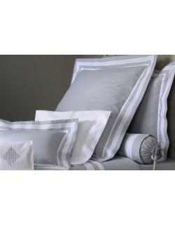 """Ariane"" bed set"