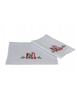 """""""Houx Noël"""" embroidered guest towels"""