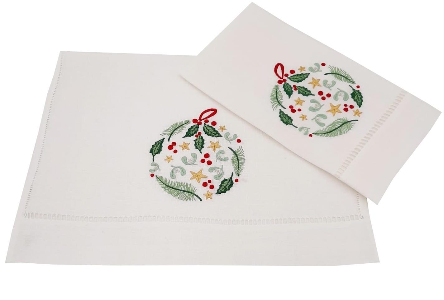 """""""Boule de Noël"""" embroidered guest towel"""
