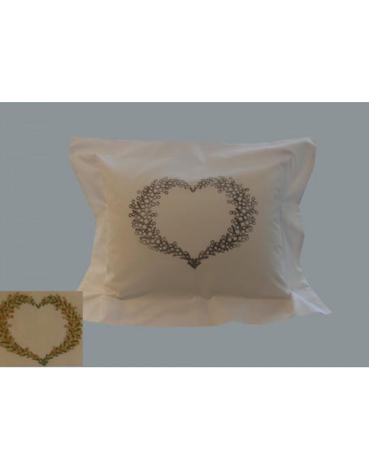 """Coeur de Mimosa"" pillow case pattern"